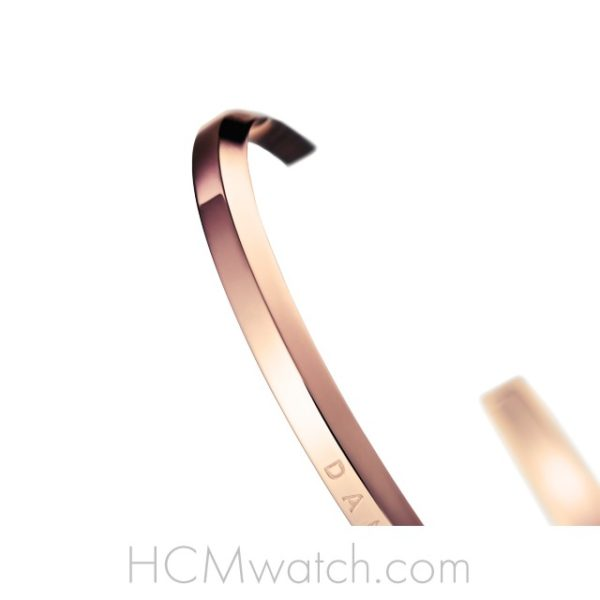 Vong tay DW Classic Cuff Small Rose Gold (4)