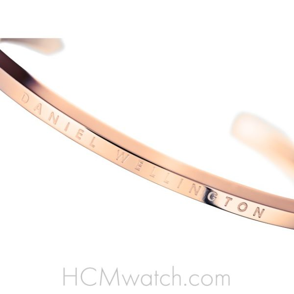 Vong tay DW Classic Cuff Small Rose Gold (5)