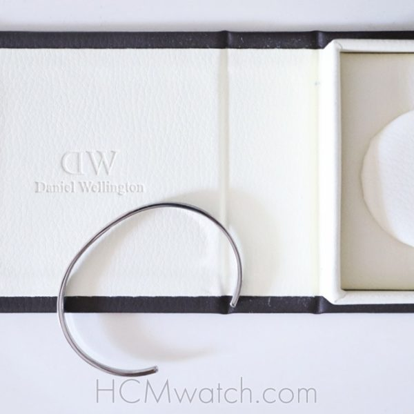 Review Vong tay Daniel Wellington Classic Cuff H.2
