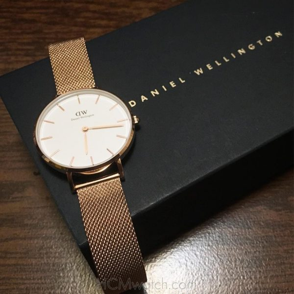 DW Classic Petite Melrose Rose Gold DW00100163 (1)
